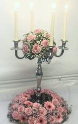 luxury table arrangments at the flower school