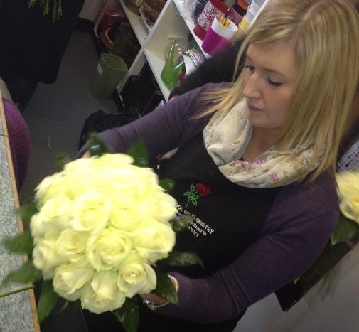 Learn How To Make A Brides Hand Tied Wedding Bouquet