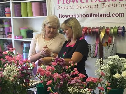 making a wedding bouquet on kays flower school beginners bridal floristry course