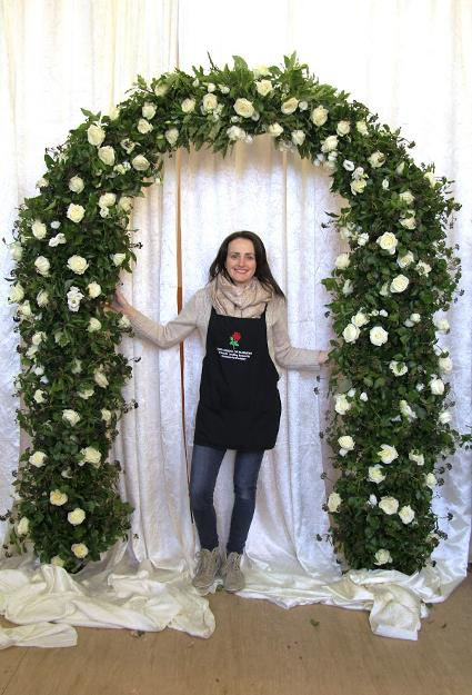 Whte Avalanche Rose Wedding flower arch