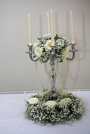 Wedding Tale center idea of gyp and white roses