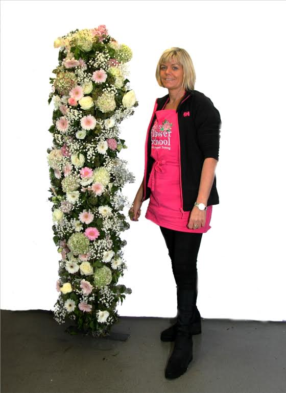 Floral Pillar in pink & White